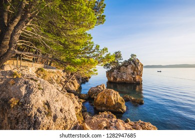 eautiful bay near Brela town at sunset, Makarska rivera, Dalmatia, Croatia