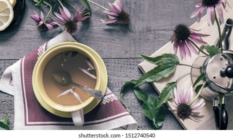 Echinacea is a valuable medicinal plant with immunostimulating effect. Next in a Cup of herbal tea with Echinacea.
