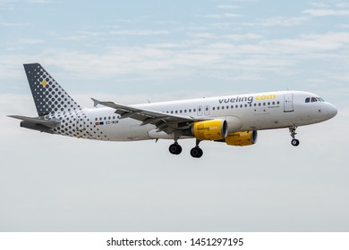 EC-MUM, July 11, 2019, Airbus A320-214-4101 landing on the runways of Paris Roissy Charles de Gaulle airport at the end of flight Vueling VY8202 from Madrid
