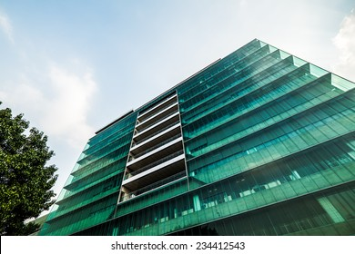 Eco energy saving building structure with glass exterior