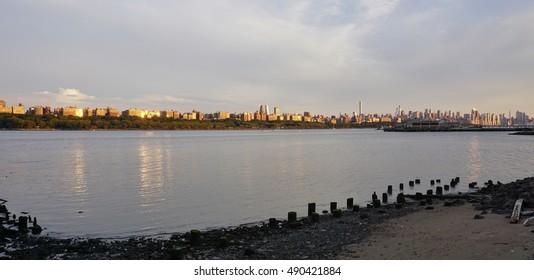 EDGEWATER, NJ -3 SEPTEMBER 2016- View of the Manhattan skyline in New York City seen from Edgewater, New Jersey.
