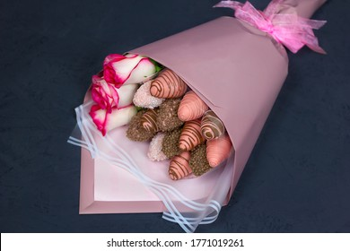 edible bouquet, strawberries in glaze, strawberries, flowers