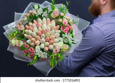 edible bouquet, strawberries in glaze, roses