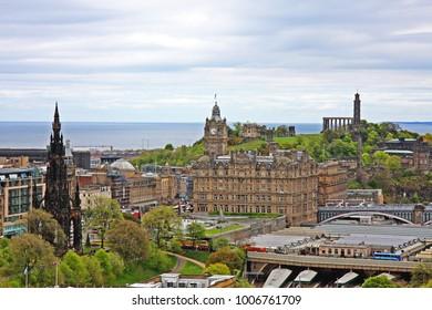 Edinburgh : Cityscape of Edinburgh, Scotland.