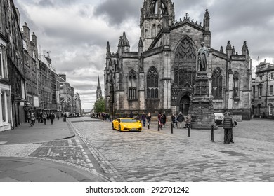 EDINBURGH, GREAT BRITAIN - JUNE 4: Main street pictured on June 4th, 2015, in Edinburgh, Scotland. It is the 2nd most populous city in Scotland and the 7th most populous in the United Kingdom.