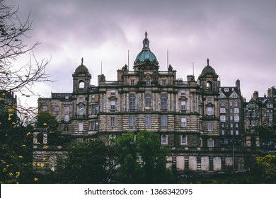 Edinburgh, Scotland 10/11/2018: View of a beautiful castle in Edinburg city centre
