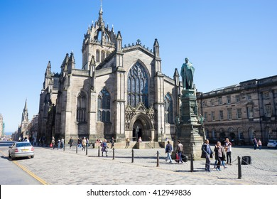EDINBURGH, SCOTLAND - 20 ARPIL 2016:  The High Kirk of Edinburgh, also known as the St Giles' Cathedral, is the principal place of worship of the Church of Scotland in Edinburgh.