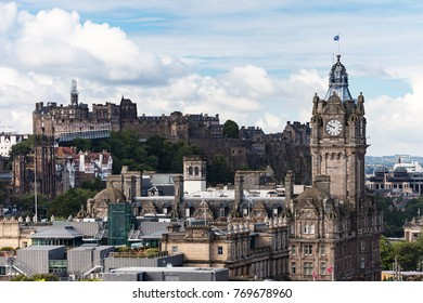 EDINBURGH SCOTLAND - Aug 13: The City view and Edinburgh Castle on August 13, 2017 in Edinburgh, Scotland