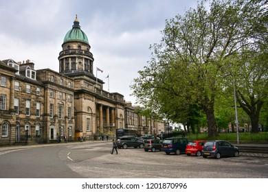 Edinburgh / Scotland — June 17, 2018: view of the West Register House on the Charlotte Square in the New Town of Edinburgh. It is one of the best preserved examples of Georgian architecture