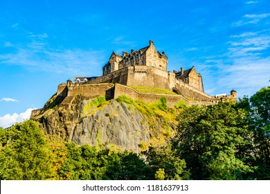 Edinburgh, Scotland, UK: The Edinburgh Castle dominates the skyline of the city of Edinburgh from its position on top of the Castle Rock