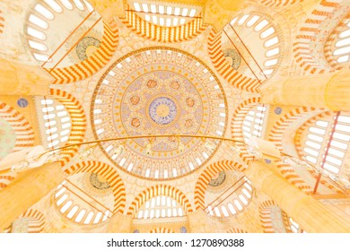 EDIRNE - TURKEY - OCTOBER 21: Interior of the Selimiye Mosque. The UNESCO World Heritage Site Of The Selimiye Mosque, Built By Mimar Sinan In 1575 in Edirne, Turkey on 21 October 2018