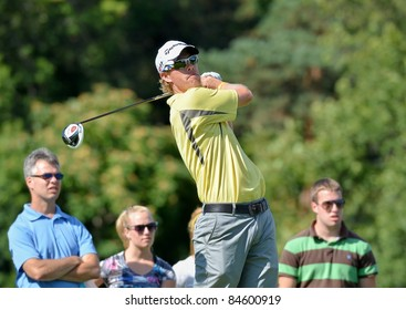 EDISON,NJ-AUGUST 23: Golfer David Hearn watches his shot during the Barclays practice round held at the Plainfield Country Club on August 23,2011 in Edison,NJ.