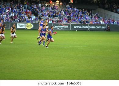 Editorial, Australian rules football Western bulldogs versus Richmond