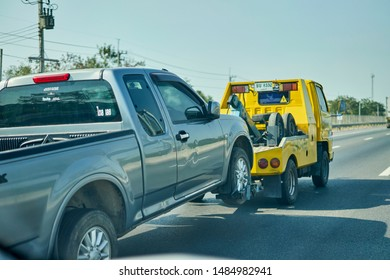 Recovery Truck Images, Stock Photos & Vectors | Shutterstock