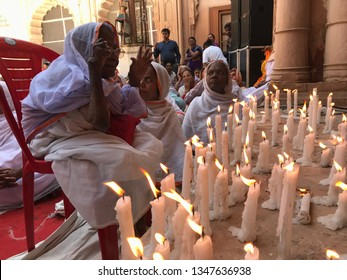 Editorial - Vrindavan Gopinath Temple 2018  Widows of Vrindavan pays tribute to Manohar Parrikar on his death instead of celebrating holi which is moment of joy for them once in year