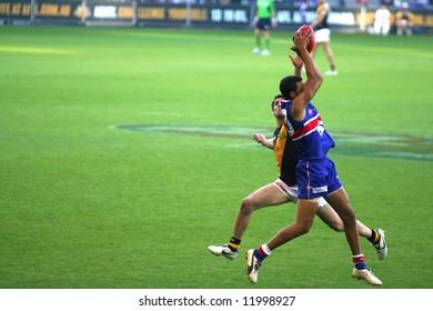 Editorial,Australian rules football Western bulldogs versus Richmond