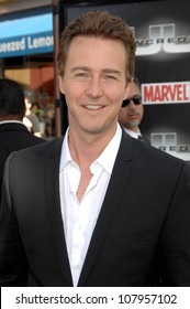 "Edward Norton  at the World Premiere of ""The Incredible Hulk"". Gibson Amphitheatre, Universal Studios, Universal City, CA. 06-08-08"
