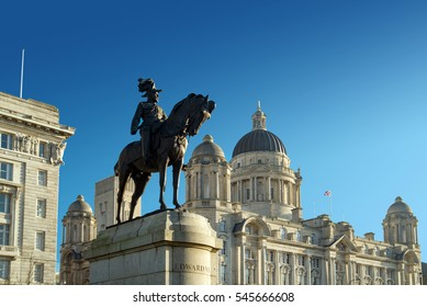 Edward VII statue with Port of Liverpool building in background.