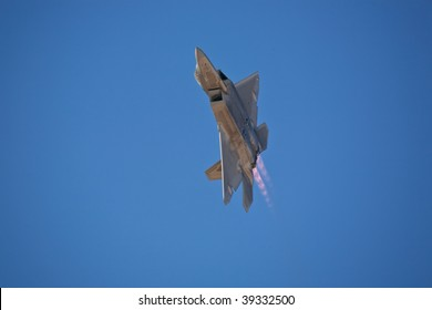 EDWARDS AFB, CA - OCTOBER 17: Lockheed Martin/Boeing F-22 Raptor performs at Flight Test Nation 2009, October 17, 2009, Edwards Air Force Base, CA