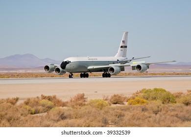 EDWARDS AFB, CA - OCTOBER 17: Boeing KC-135 Stratotanker landing at Flight Test Nation 2009, October 17, 2009, Edwards Air Force Base, CA