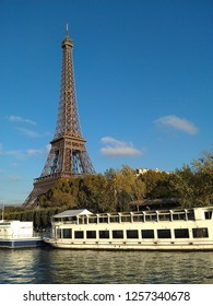 Effel Tower view from the Seine river