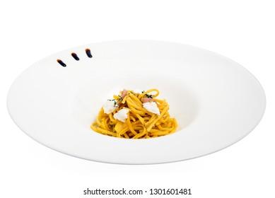 egg noodles with ham and robiola
