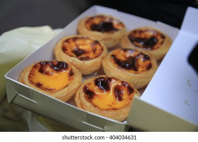 Egg Tart in the box