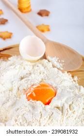 Egg yolk in flour