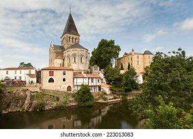 Eglise de Mareuil-sur-Lay, Vendee