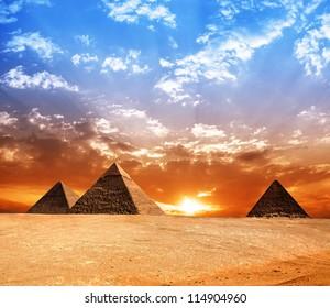 Egypt pyramid. Historic buildings. Panorama.