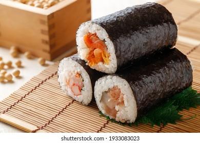 Ehomaki sushi roll(Norimaki to eat on Setsubun day)