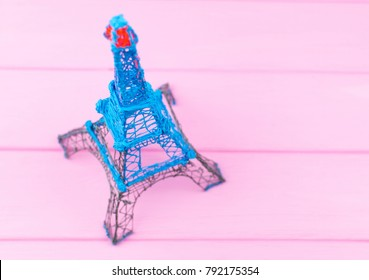Eiffel Tower made by 3D pen.