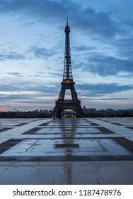 Eiffel Tower from Palais de Chaillot in Paris during sunrise