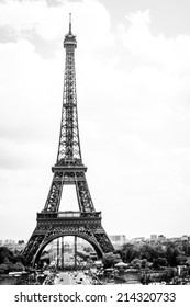 Eiffel tower - Paris Black & White
