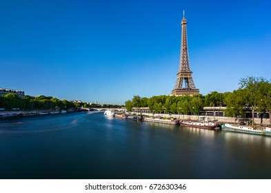 Eiffel Tower In a Sunny Day - Paris
