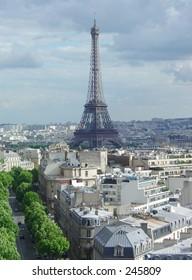 Eiffel Tower / Tour Eiffel, Paris, France