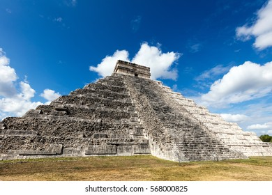 El Castillo, a.k.a the Temple of Kukulkan, a Mesoamerican step-pyramid at the center of the Chichen Itza archaeological site in Yucatan, Mexico, considered to be one of the New 7 Wonders of the World