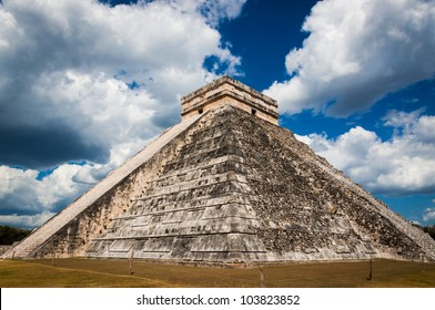 El Castillo or Mayan Themple of Kukulcan in Chichen-Itza on Yucatan peninsula in Mexico. One of the most impressive and best preserved ruins in Mexico.
