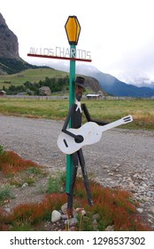 EL CHALTEN PATAGONIA ARGENTINA 11 22 11: Street sign of small mountain village in Santa Cruz Province. It is located within the Los Glaciares National Park at the base of Fitz Roy mountain