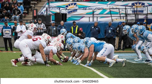 EL PASO ?? DECEMBER 30.  Both teams lined up for the snap at the University of North Carolina v Stanford in the Hyundai Sun Bowl, Dec 30, 2016 El Paso, Texas.