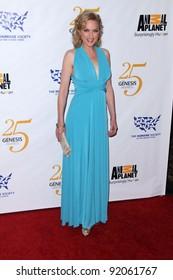 Elaine Hendrix at the 25th Annual Genesis Awards, Century Plaza Hotel, Century City, CA. 03-19-11