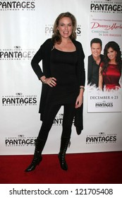 "Elaine Hendrix at the ""Donny & Marie Christmas in Los Angeles"" Opening, Pantages, Hollywood, CA 12-04-12"
