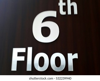 the elavator floor number  with black background