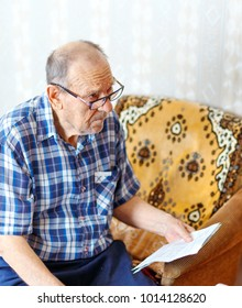 An elderly man received a receipt for utility bills and asked how to live on a pension?