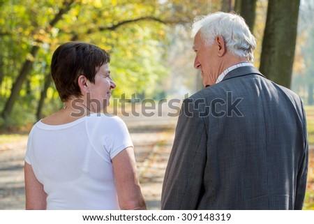 dating elderly hookah hookup atlanta ga 30324