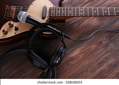 microphone headphone stock images royalty free images vectors shutterstock. Black Bedroom Furniture Sets. Home Design Ideas