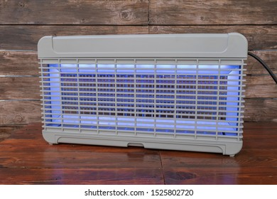 Electric insect killer ,electrical discharge insect control system
