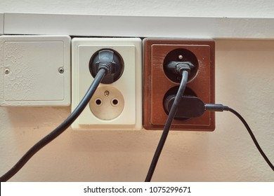 Electric outlets with connected cables