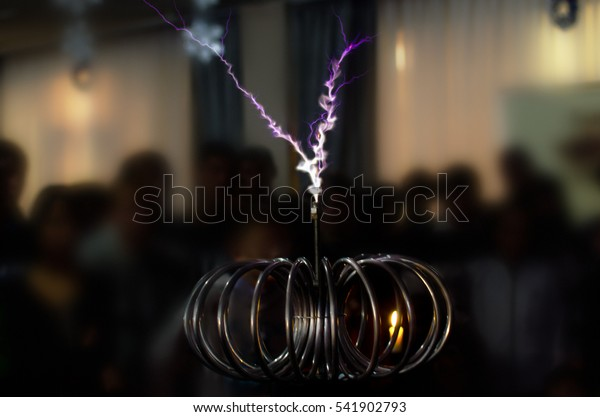 electric Tesla invention. coil current lightning strike