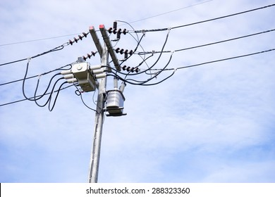 Electric wire on the pole